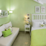 IMG_1253_green_room