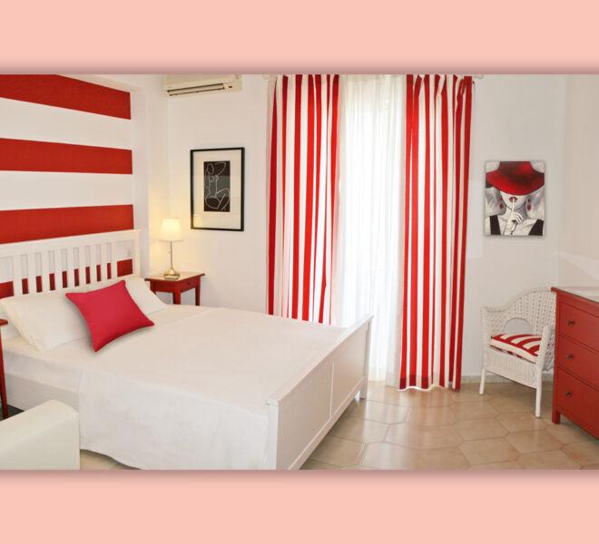 red_room_IMG_9429n