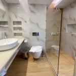 new bath room Haris Apartments